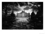 Culverthorpe Hall, Lincolnshire, England Giclee Print by Simon Marsden