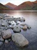 Wast Water in the Lake District at Sunset, UK Stampa fotografica di David Clapp