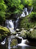 Torc Waterfall, Ireland Fotografisk trykk av David Clapp
