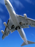 Jetliner Landing, Los Angeles, CA Photographic Print by Gary Conner