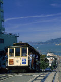 Trolley in Motion, San Francisco, CA Photographie par Mitch Diamond