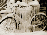 Ice Covered Bicycle, Wisconsin Papier Photo par John Glembin