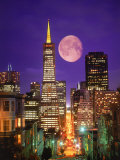 Moon Over Transamerica Building, San Francisco, CA Fotografisk tryk af Terry Why