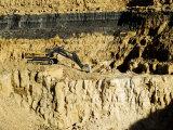 Backhoe (Excavator) in Limestone Quarry, England Fotografisk tryk af Martin Page