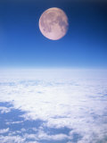 Moon Above the Clouds Fotografisk tryk af Terry Why