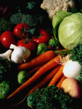 Carrots, Tomatoes, Lettuce, Garlic, and Broccoli Fotografie-Druck von Dennis Lane