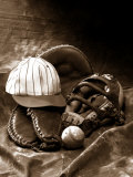 Close-up of Old Baseball Equipment Fotografie-Druck von William Swartz