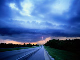Lightning over the Bee Line Expressway, East of Orlando Fotoprint van Peter Krogh