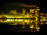 A Time Exposure, Taken at Night, of the Mill and the River Impressão fotográfica por Raymond Gehman