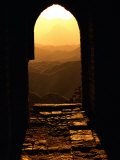 Sunlight Streams Through a Doorway in the Great Wall Fotoprint van Raymond Gehman