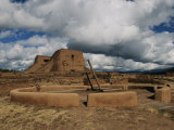 View of the Kiva and Church at Pecos National Historical Park Photographie par Ira Block