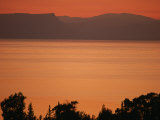 Sunset Paints the Sea of Galilee Orange Fotografie-Druck von Annie Griffiths Belt
