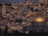 Jerusalem Cityscape Showing the Dome of the Rock and the Church of the Holy Sepulchre Fotodruck von Annie Griffiths Belt