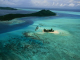 Outer Islands of Bora Bora as Seen from above in a Helicopter Photographie par Todd Gipstein