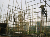 Rare Bamboo Scaffolding Used in Hong Kongs Housing Construction Photographie par  xPacifica