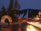 Downtown Jackson Hole at Night Photographie par Jim Webb