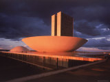 Modernistic Facade of Congress Building Designed by Oscar Niemeyer Premium-Fotodruck von Dmitri Kessel
