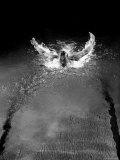 Breast Stroke Champion of Joe Verdeur Doing Butterfly Stroke Reproduction photographique par Gjon Mili