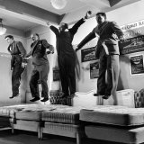 The Salesmen Showing How Not to Test a Bed at Lewis and Conger Photographie par George Silk