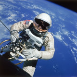 Astronaut Ed White Making First American Space Walk, 120 Miles Above the Pacific Ocean Photographic Print