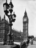 Exterior View of the House of Parliament and Big Ben Photographic Print by Tony Linck