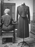 Back and Front of Costume Shows Cape Worn over Bosom For Modesty Lámina fotográfica de primera calidad por Nina Leen