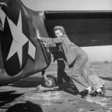 Female Marines Pushing the Tail of a Plane to Turn It Around During Flight Training For WWII Photographic Print by William C. Shrout