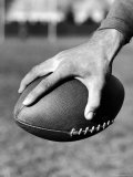 Holding the Football is Player Paul Dekker of Michigan State Premium Photographic Print by Joe Scherschel