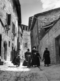 Franciscan Monks Walking Up the Via Porta Perlicinin Premium Photographic Print by Alfred Eisenstaedt