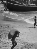 Loading Cocoa, Accra Gold Coast Premium Photographic Print by Alfred Eisenstaedt