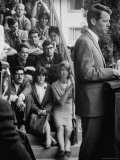Attorney General Robert F. Kennedy Talking During a Meeting Impresso fotogrfica premium por George Silk