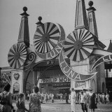 Entrance to the Luna Amusement Pavilion at Coney Island Amusement Park Photographic Print by Marie Hansen