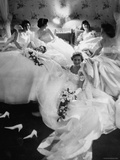 Queens and Their Attendants Resting Between Dances During the Chattanooga Cotton Ball Premium-Fotodruck von Grey Villet