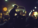 Presidential Contender Bobby Kennedy Campaigning Reproduction photographique Premium par Bill Eppridge