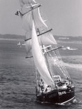 The Black Pearl Sailing Off of Martha's Vineyard Photographic Print by Alfred Eisenstaedt