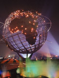 Unisphere Globe Illuminated in Darkness of World's Fair Lámina fotográfica por George Silk