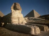 Sphinx with Great Pyramid in Background Premium Photographic Print by Eliot Elisofon
