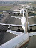 Airplane Traffic Jam on JFK Airport Runway, August 1968 Reproduction photographique par Bob Gomel