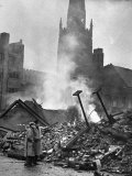 Ruins of Coventry After Bombing by Germans During WWII Premium-Fotodruck von Hans Wild