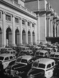 Taxi Cabs Lined Up Outside Union Station Premium Photographic Print by Alfred Eisenstaedt