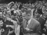 West Berliners Giving Big Welcome to Lyndon B. Johnson Premium Photographic Print by Stan Wayman