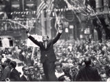 Richard Nixon Giving Victory Sign at Presidential Campaign Rally Premium Photographic Print by Lee Balterman