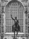Statue of Richard I in Front of House of Lords Premium Photographic Print by Mark Kauffman