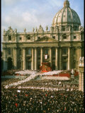 Pope Paul VI in Front of St. Peter's During 2nd Vatican Council Premium Photographic Print by Carlo Bavagnoli