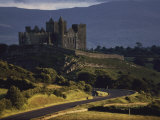 Picturesque View of Rock of Cashel Lmina fotogrfica por Cotton Coulson