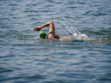 Swimmer in Open Water Papier Photo