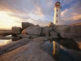 Lighthouse at Sunset Fotografisk tryk af Richard Nowitz