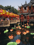 Tea House in Shanghais Yuyuan Garden during Chinese New Year Lmina fotogrfica por Eightfish