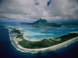 Aerial View of Bora-Bora, its White Beaches Ringed by a Coral Reef Photographie par Jodi Cobb