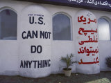 Graffiti on a Wall in Tehran Photographie par Steve Raymer